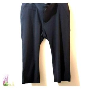 Black 14 capri dress pants